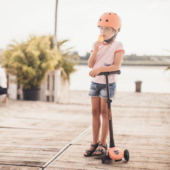 Детска тротинетка Scoot & Ride Highwaykick 3 LED, Сгъваема, Праскова