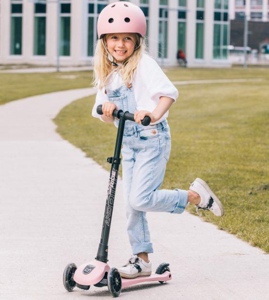 Детска тротинетка Scoot & Ride Highwaykick 3 LED, Сгъваема, Перлено розова